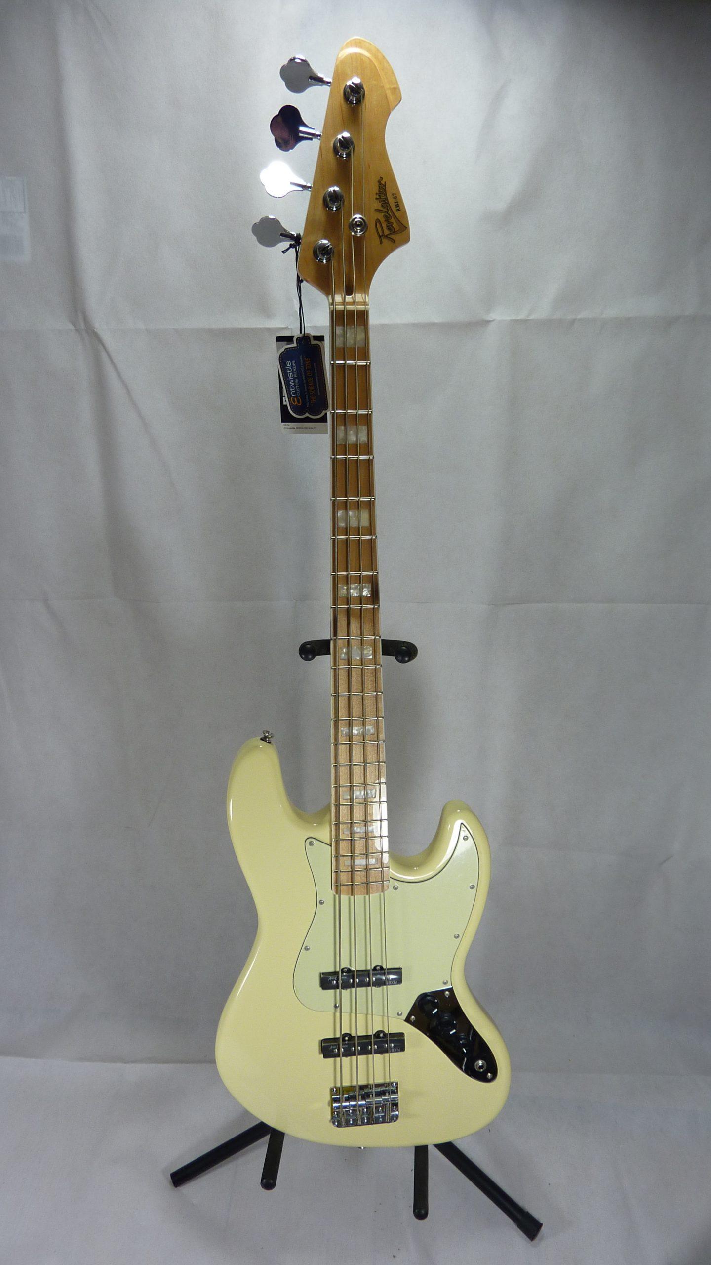 Revelation RBJ67 Bass cream white