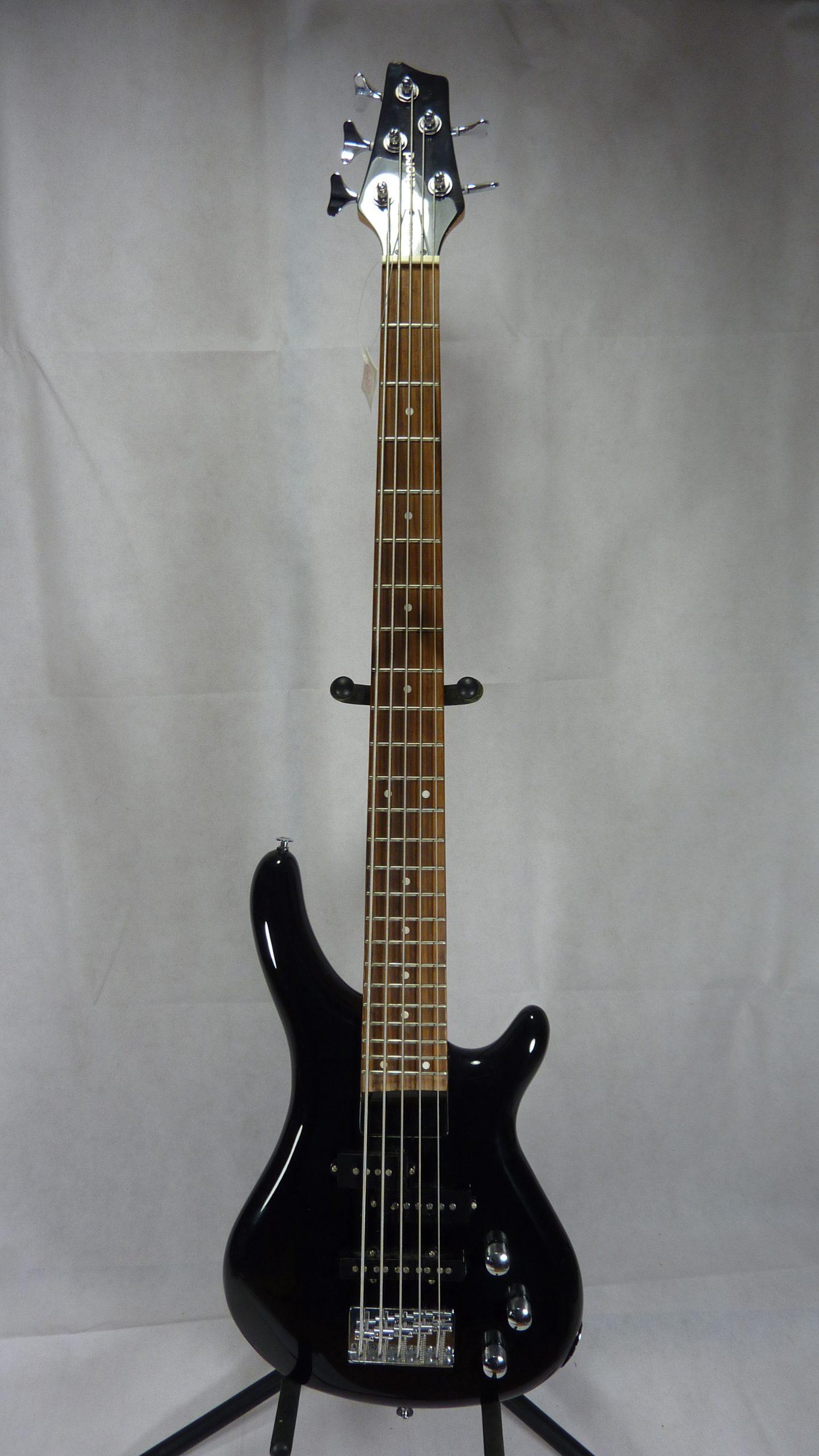 Chord 5 string bass black